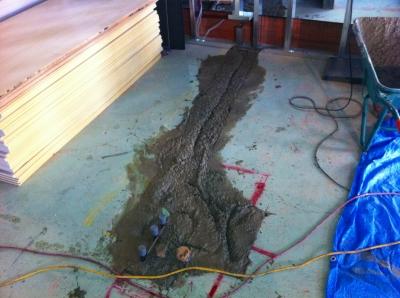 パイプを埋めた部分もコンクリートっす