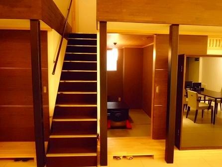 階段も再利用で改造