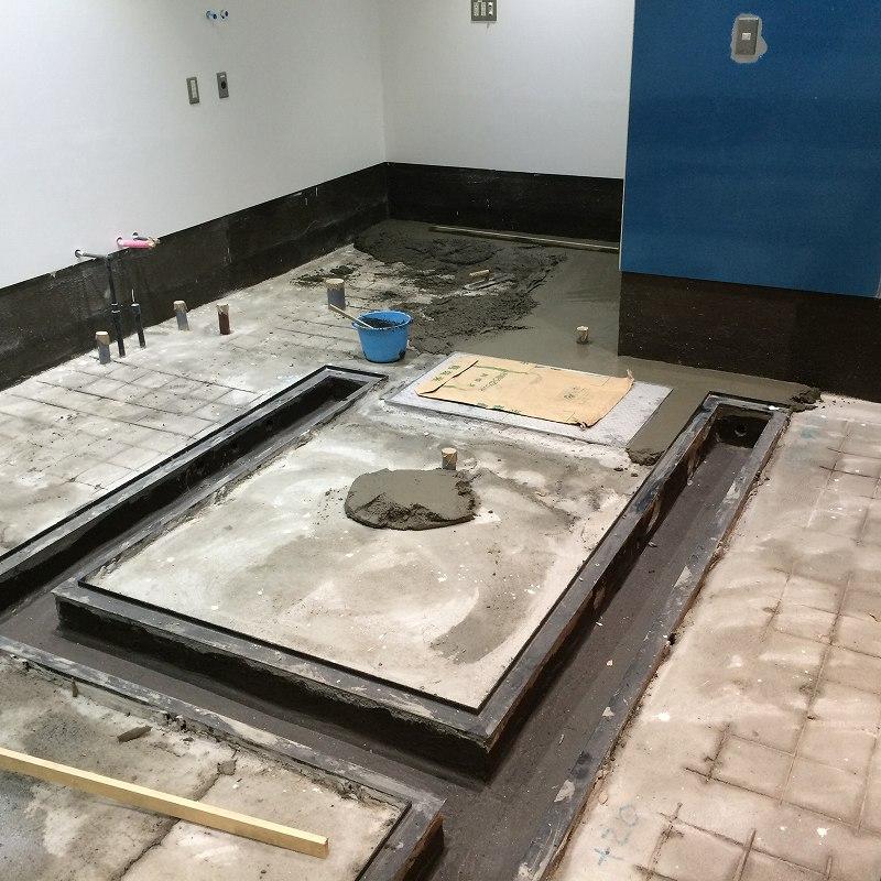 大物が終わったので排水溝の型枠を撤去 綺麗に仕上がってます